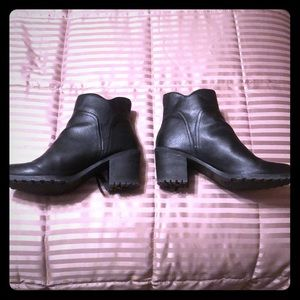 Aerosoles Ankle Boot